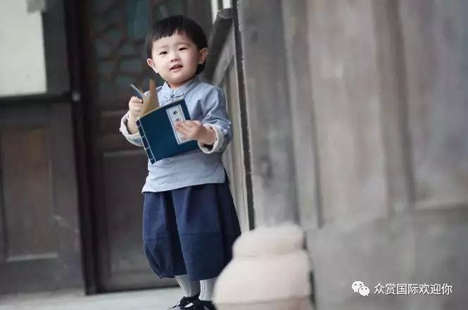 请告诉孩子:不读书,换来的是一生的底层!