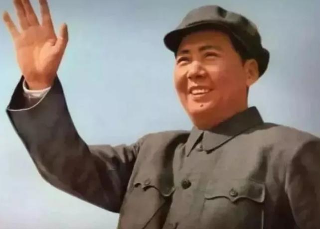 <b><font color='#6bd41b'>毛泽东逝世44周年:读伟人诗词,看一代天骄! 字润之(原作咏芝,后改润芝),笔名子任。</font></b>